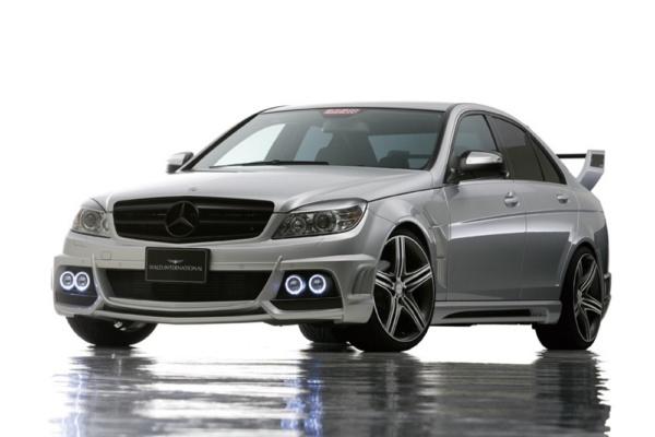 Wald обвес для Mercedes Benz C (W204)
