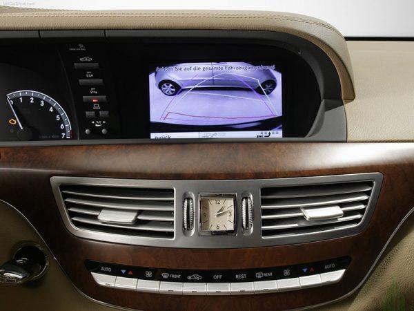 Мультимедийный интерфейс для Mercedes s-class W221